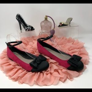 🎉HP🎉 Nine & Co. Ladies Flats - Size 8M